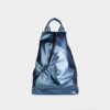 mochila azul metalizada vegana